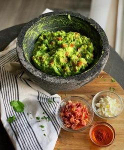 Guacamole Ingredients 2